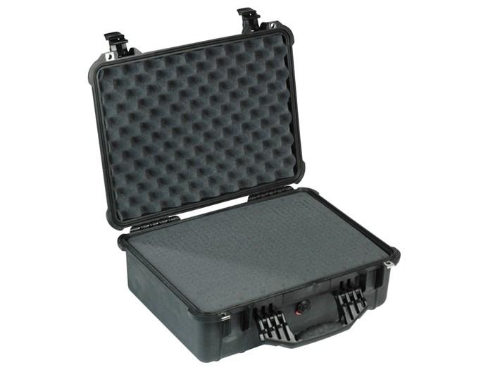 Kuffert pelican 1520 457x327x171 med skum