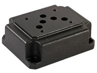Cetop5 mounting plate 1/2      P-T-A-B at bottom